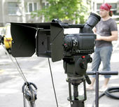 Stand hd-camcorder on nature — Stock Photo