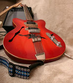 Red guitar — Stock Photo