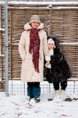 Mother and daughter in winter — Stock Photo
