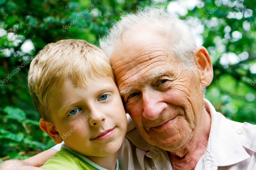 Young boy - grandchild, and his grandfather - old man — Stock Photo #1707528