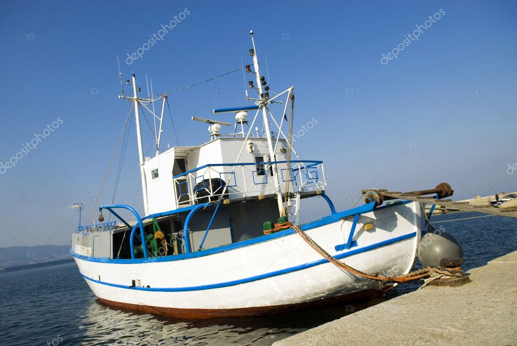Fishing Boat — Stock Photo #1809392