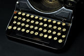Old dusty typewriter machine — Stock Photo