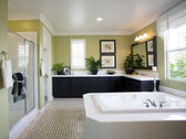 Modern bathroom interior — Stock Photo