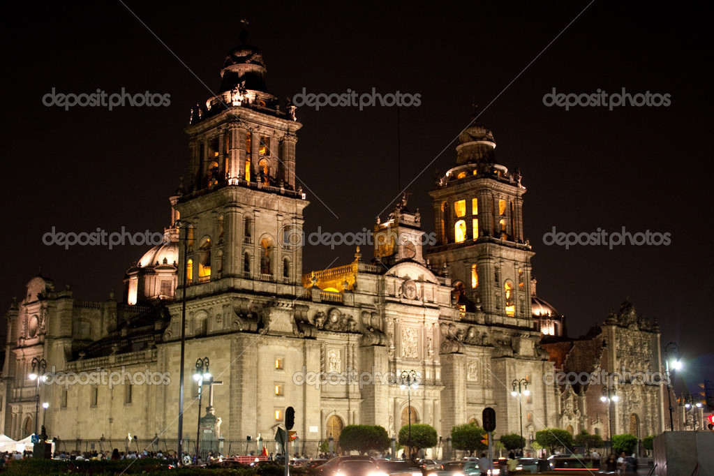 Mexico city cathedral by night — Stok fotoğraf #1774163