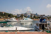 Yachts at a mooring in harbour.Vladivostok port.Russia. — Stock Photo