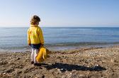 Child and sea — Stock Photo