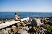 Lady and sea — Stock Photo