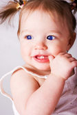 Krásná šťastná dívka — Stock fotografie