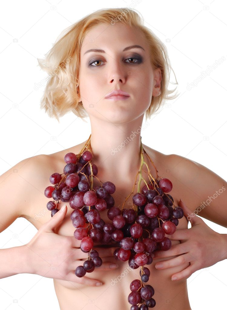 Portrait of a beautiful naked woman with bunch of grapes — Stock Photo #2003729