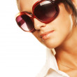 Woman wearing sunglasses — Stock Photo #1841658
