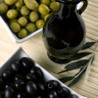 Green and black olives — Stock Photo #2067495