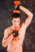 Wet sweaty bodybuilder — Stock Photo