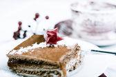 Raspberry cake and tea — Stock Photo