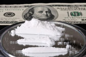 Cocaine and one hundred dollar — Stock Photo
