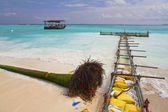 Strengthening coast on one of Maldivian — Stock Photo
