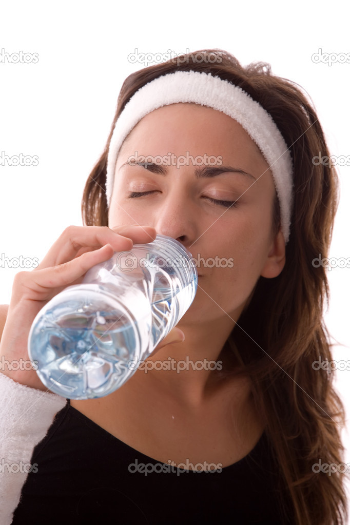 Fitness woman drinking water, refreshment after exercising. — Stock Photo #1795356