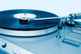Turntable playing a vinyl — Stock Photo