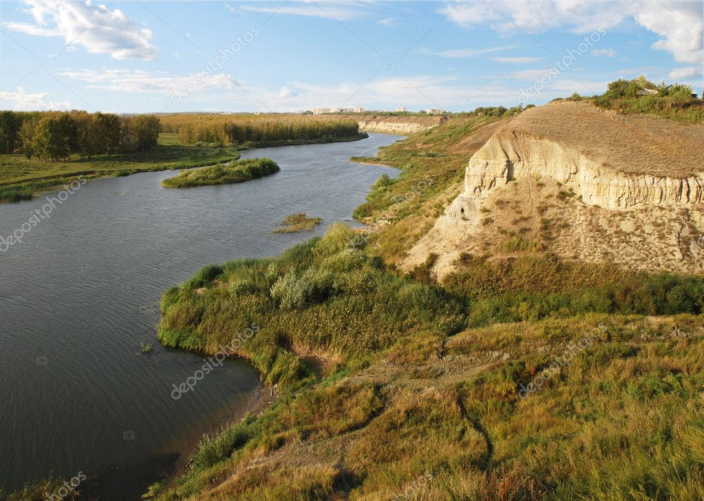 Ishim River, Nothern Kazakhstan, blue sky and clouds — Stock Photo #1783536