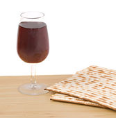 Close up of matza and goblet — Stock Photo