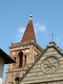 Fasad kyrkan st paul - pistoia tusc — Stockfoto