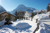 Beautiful village in Swiss Alps — Stock Photo
