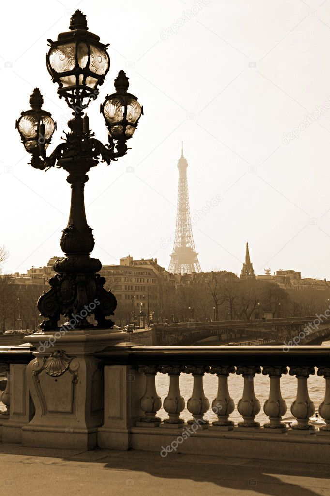 Lamppost on the bridge of Alexandre III in Paris, France — Stock Photo #1803735