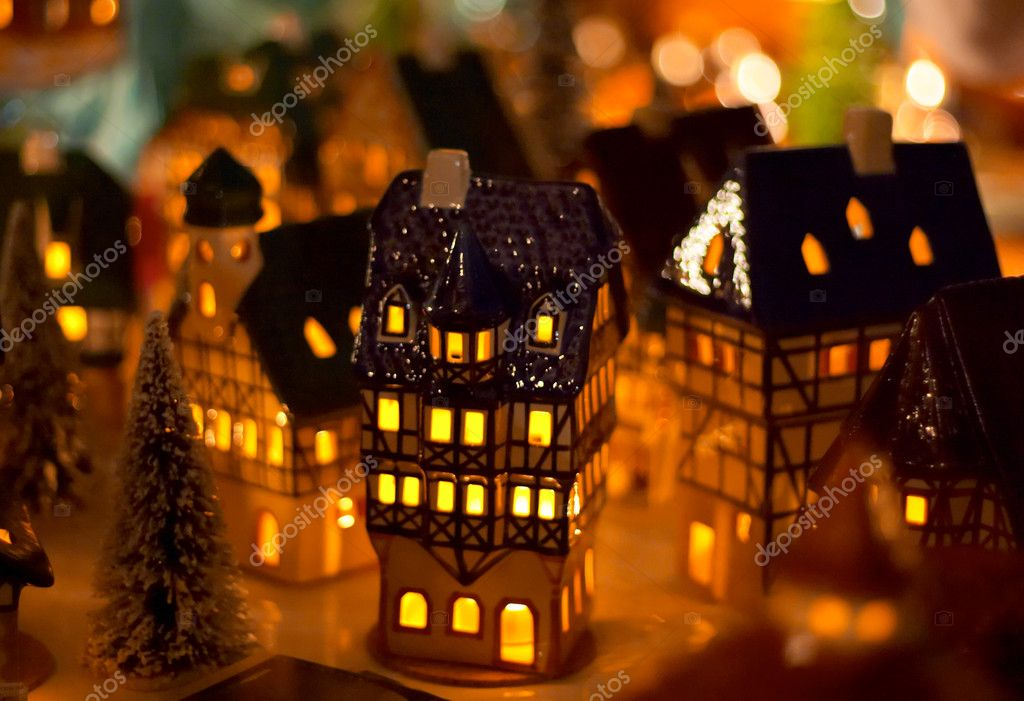 Christmas candle houses  Foto de Stock   #1805402