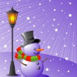 Snowman stands under a lamp on a snowy e — Imagen vectorial