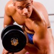 Amateur bodybuilder training — Stock Photo