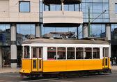 Tranvía amarillo — Foto de Stock
