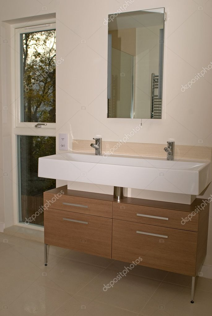 Luxury bathroom  — Stock Photo #1935272