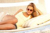 Beautiful girl in sun glasses — Stock Photo