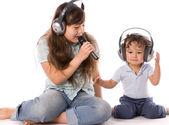 Singing children. — Stock Photo
