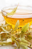 Te från torr lind blomma — Stockfoto