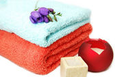Towels and candles, spa relaxation — Stock Photo
