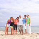 gelukkig op het strand — Stockfoto