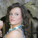 Headshot of pretty brunette — Stock Photo