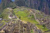 Uitzicht op de ruïnes bij machu picchu, peru — Stockfoto