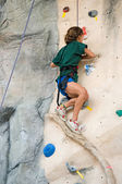 Girl rock climb — Stock Photo