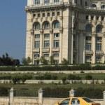 Yellow cab in Bucharest — Stock Photo