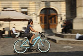 Urban bicycle ride — Stock Photo