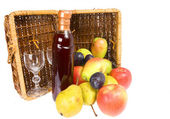 Picnic hamper — Stock Photo