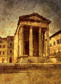 Ancient temple in Pula — Stock Photo