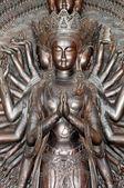 Miles manos estatua de guanyin — Foto de Stock