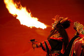 Sichuan Opera spit fire — Stock Photo