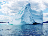 Iceberg in Atlantic Ocean — Stock fotografie