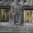 Sculpted wall and windows, Angkor Wat — Stock Photo #1880581