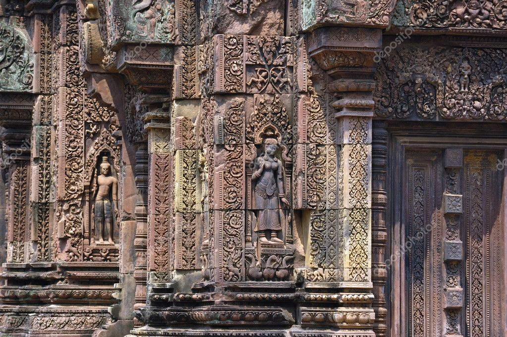 Sculpted wall, Angkor Wat — Stock Photo #1880621