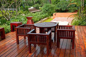 House patio with table and chairs — Stock Photo