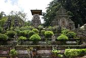Ingresso di un tempio hindouisme a bali — Foto Stock